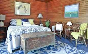 Top 25 farmhouse master bedroom decor ideas (7)