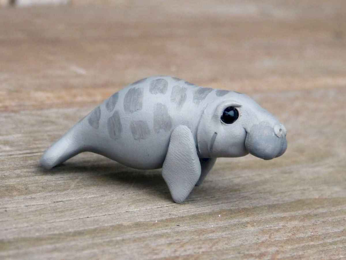 55 easy to try diy polymer clay animals design ideas (37)