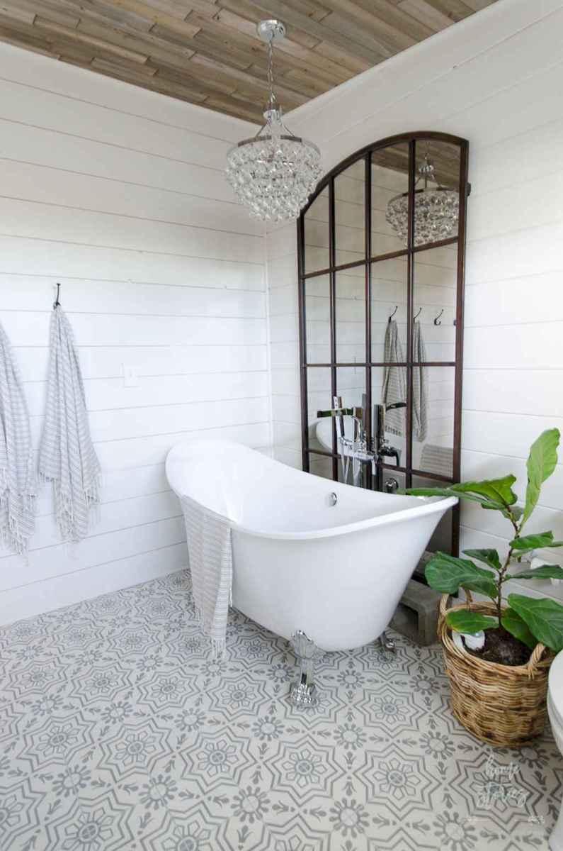 100 best farmhouse bathroom tile shower decor ideas and remodel to inspiring your bathroom (76)