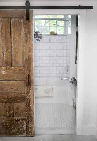 100 best farmhouse bathroom tile shower decor ideas and remodel to inspiring your bathroom (97)