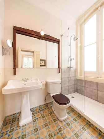 120 best modern farmhouse bathroom design ideas and remodel to inspire your bathroom (83)