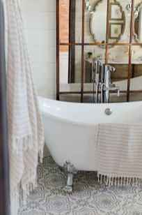 150 stunning farmhouse bathroom tile floor decor ideas and remodel to inspire your bathroom (110)