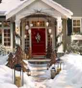 50 beautiful christmas porch decorations ideas and remodel (33)