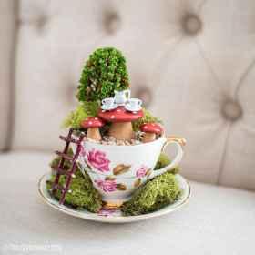 50 easy diy summer gardening teacup fairy garden ideas (39)