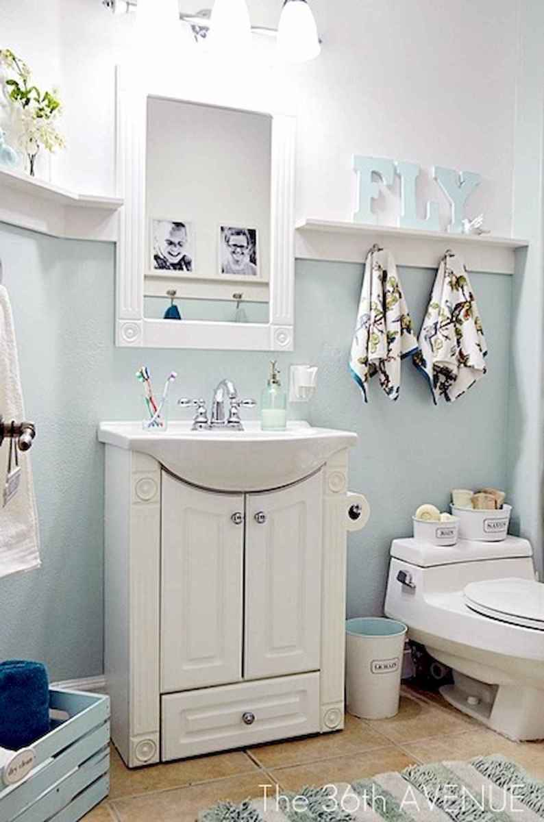 50 small guest bathroom ideas decorations and remodel (22)