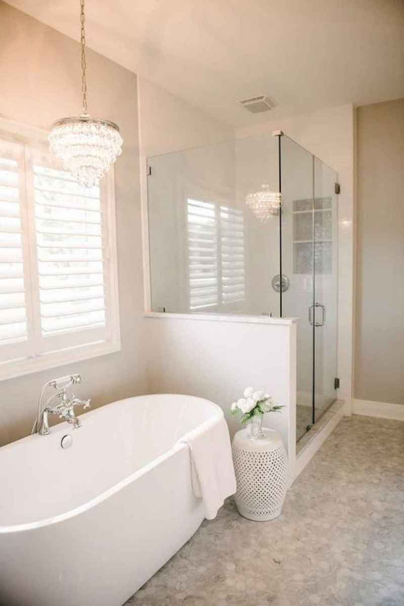 50 small guest bathroom ideas decorations and remodel (36)