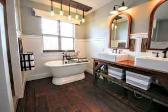 70 inspiring farmhouse bathroom shower decor ideas and remodel to inspire your bathroom (39)