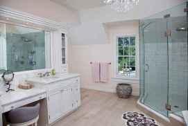 70 inspiring farmhouse bathroom shower decor ideas and remodel to inspire your bathroom (55)