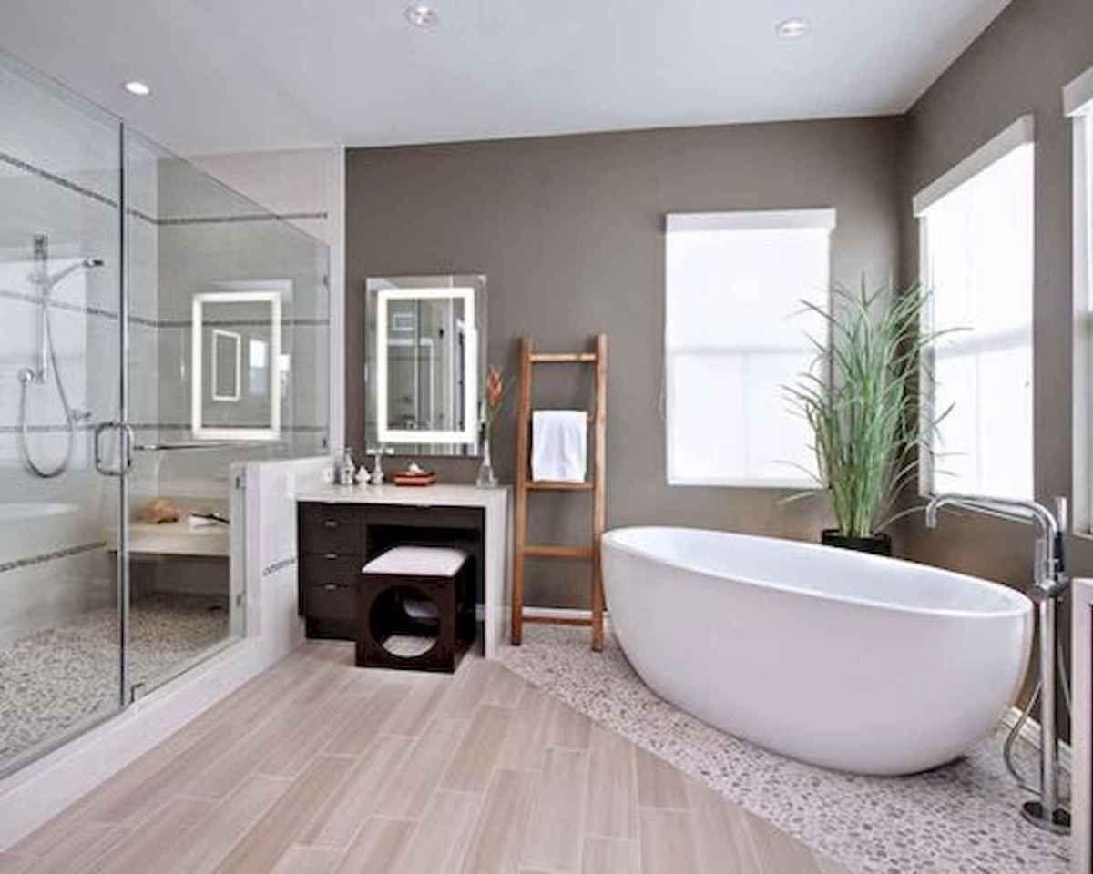 80 awesome farmhouse master bathroom decor ideas and remodel to inspire your bathroom (34)