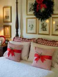 40 awesome bedroom christmas decorations ideas (26)