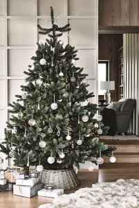 40 elegant christmas tree decorations ideas (5)