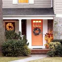 50 front porches farmhouse christmas decorations ideas (6)