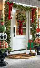 50 stunning front porch christmas lights decorations ideas (2)
