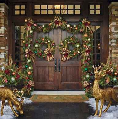 50 stunning front porch christmas lights decorations ideas (25)