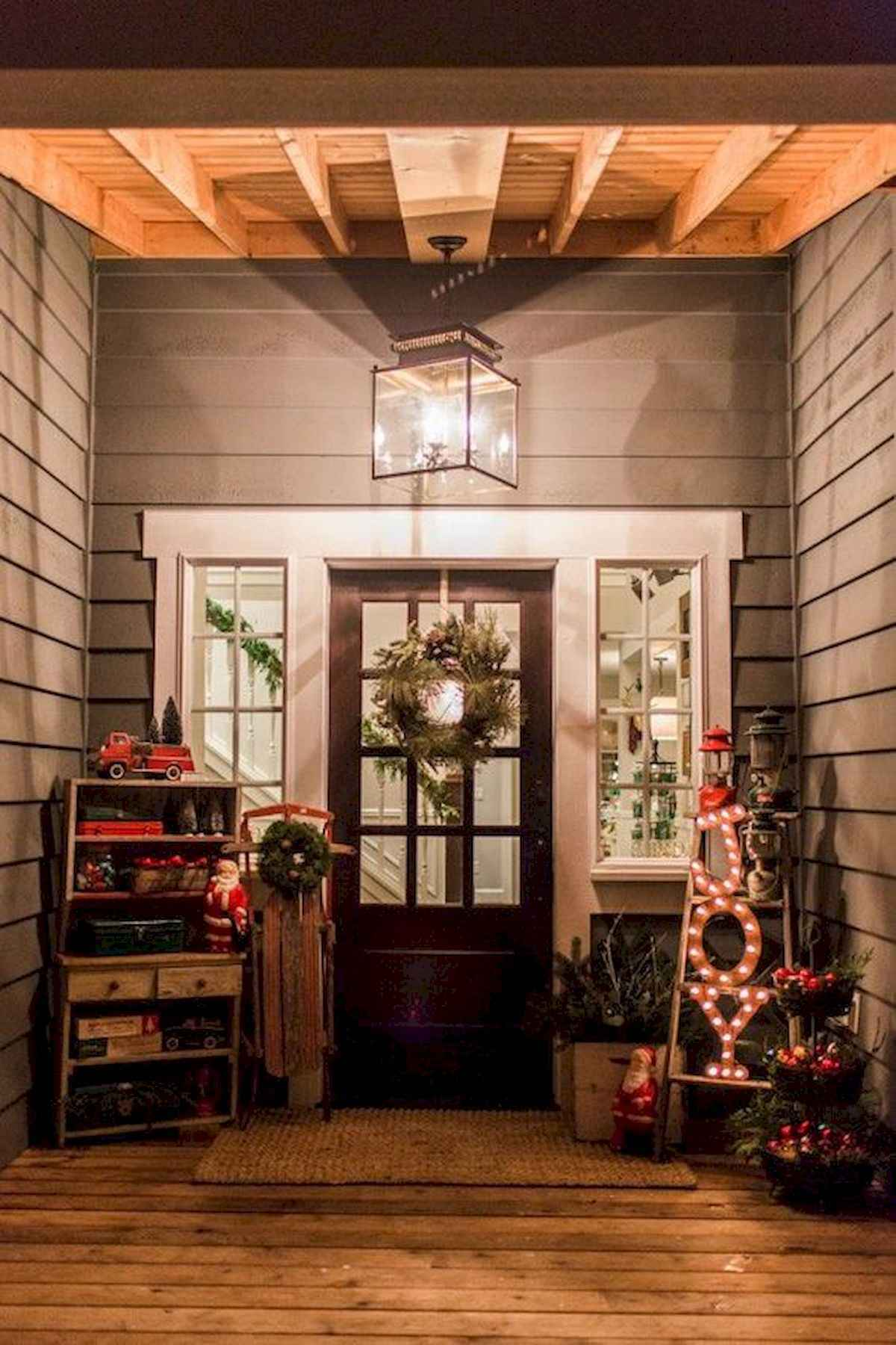 50 stunning front porch christmas lights decorations ideas (30)
