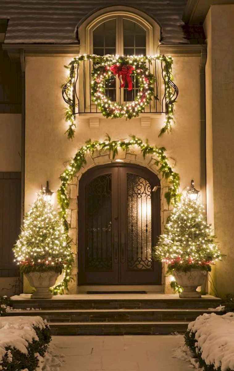50 stunning front porch christmas lights decorations ideas 39 - Christmas Outside Lights Decorating Ideas