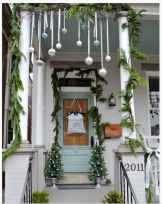 50 stunning front porch christmas lights decorations ideas (40)