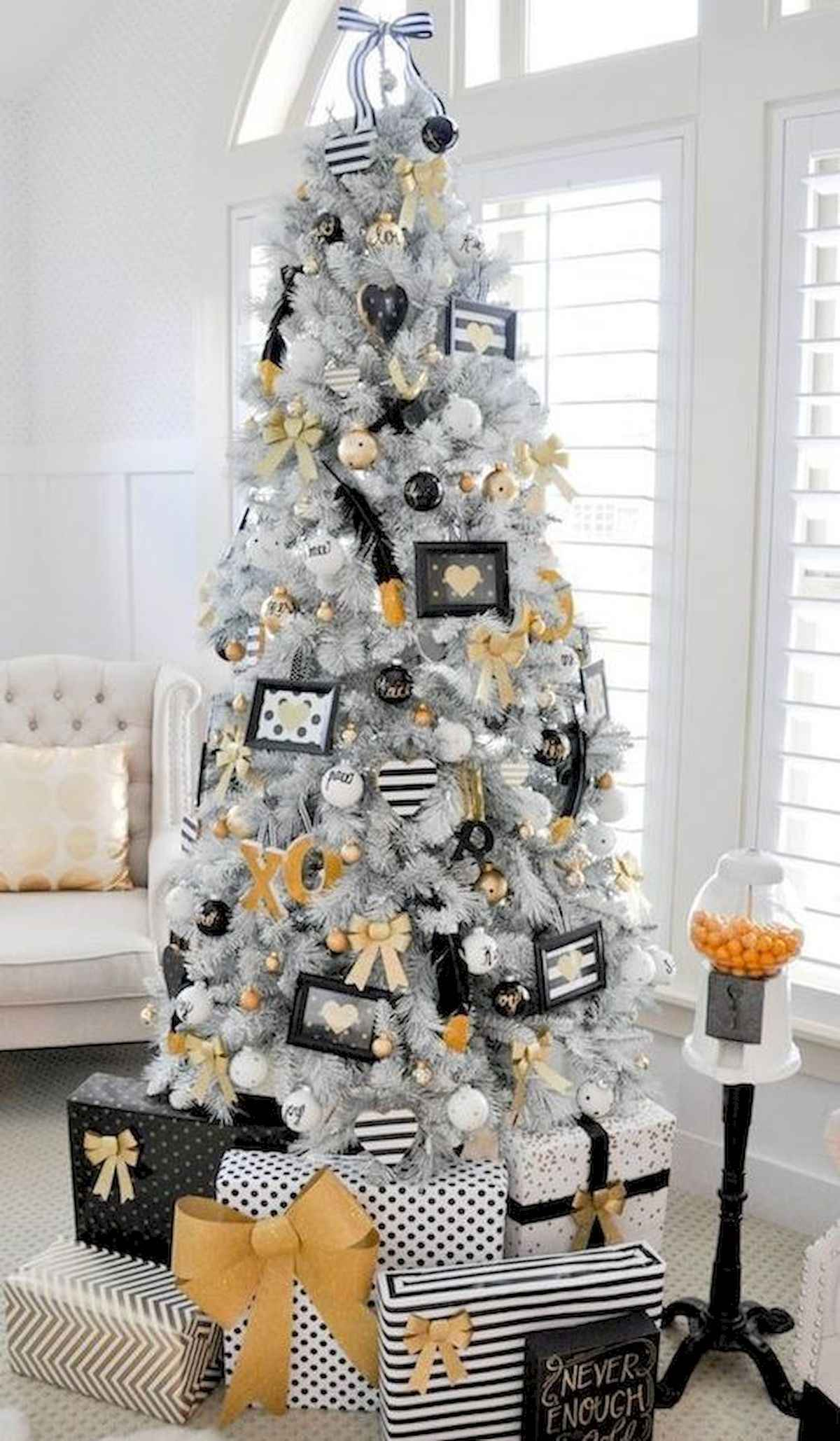 60 awesome christmas tree decorations ideas (33)