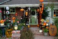 75 awesome helloween home decor ideas (70)