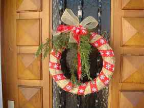 40 cheap and easy christmas decorations for your apartment ideas (55)