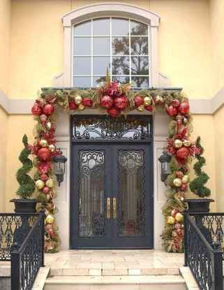 50 stunning christmas front porch decor ideas and design (13)