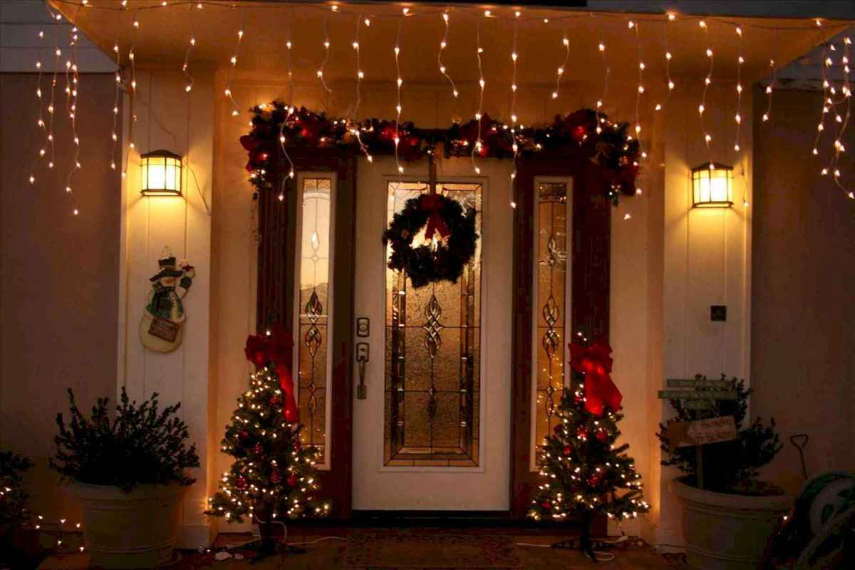 50 stunning outdoor christmas decor ideas and makeover (29)
