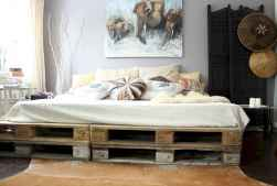 30 creative wooden pallets bed projects ideas (10)