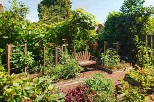 35 stunning vegetable backyard for garden ideas (12)