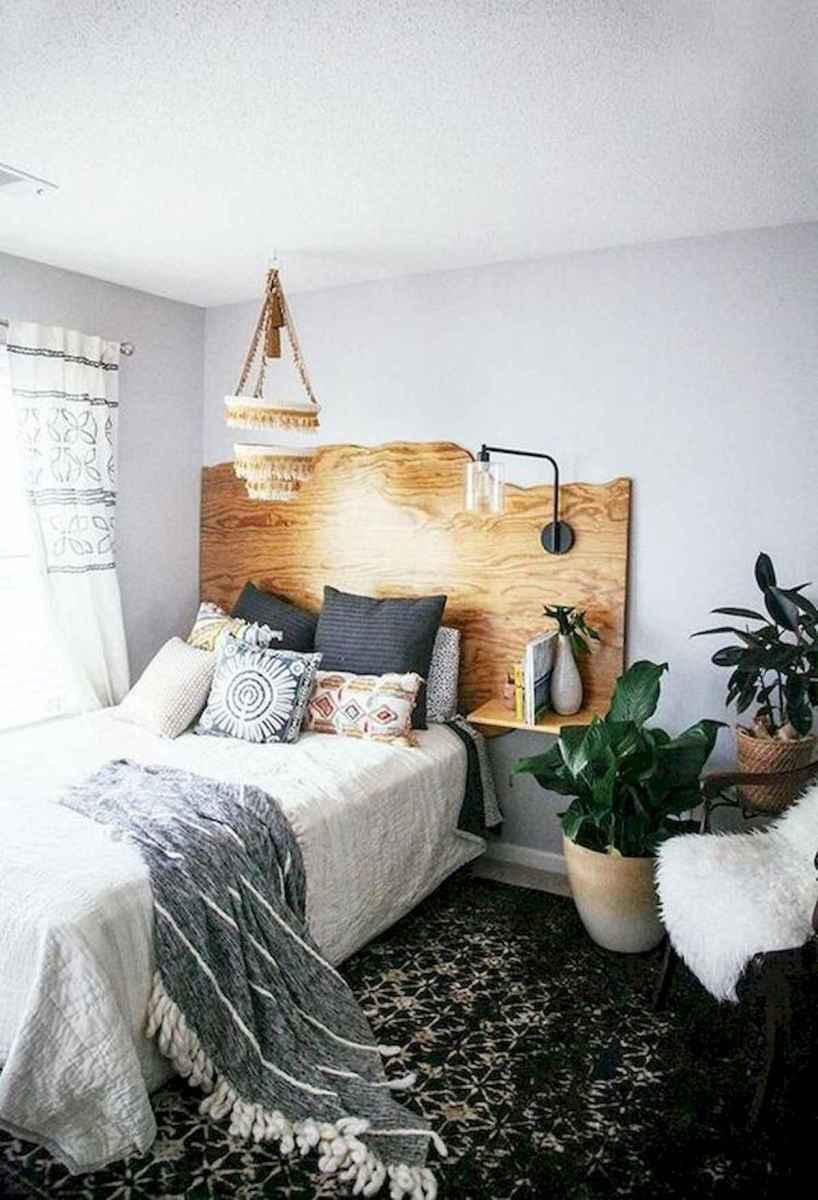 40 creative small apartment bedroom decor ideas (16)
