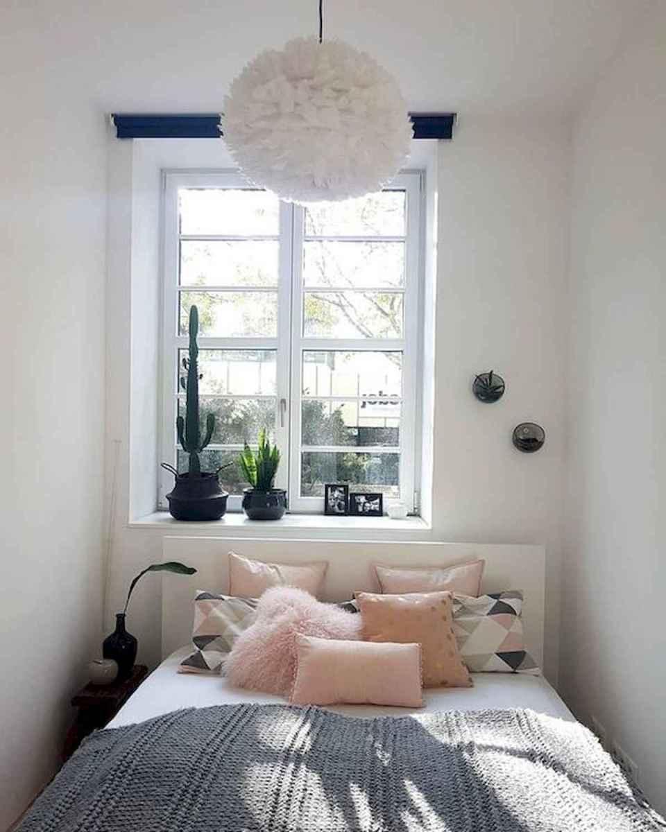 40 creative small apartment bedroom decor ideas (29)