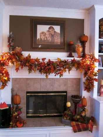 40 elegant fall mantle decor ideas (32)