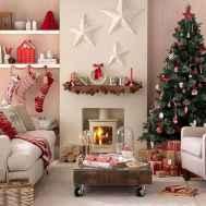 50 elegant christmas mantle decor ideas (11)