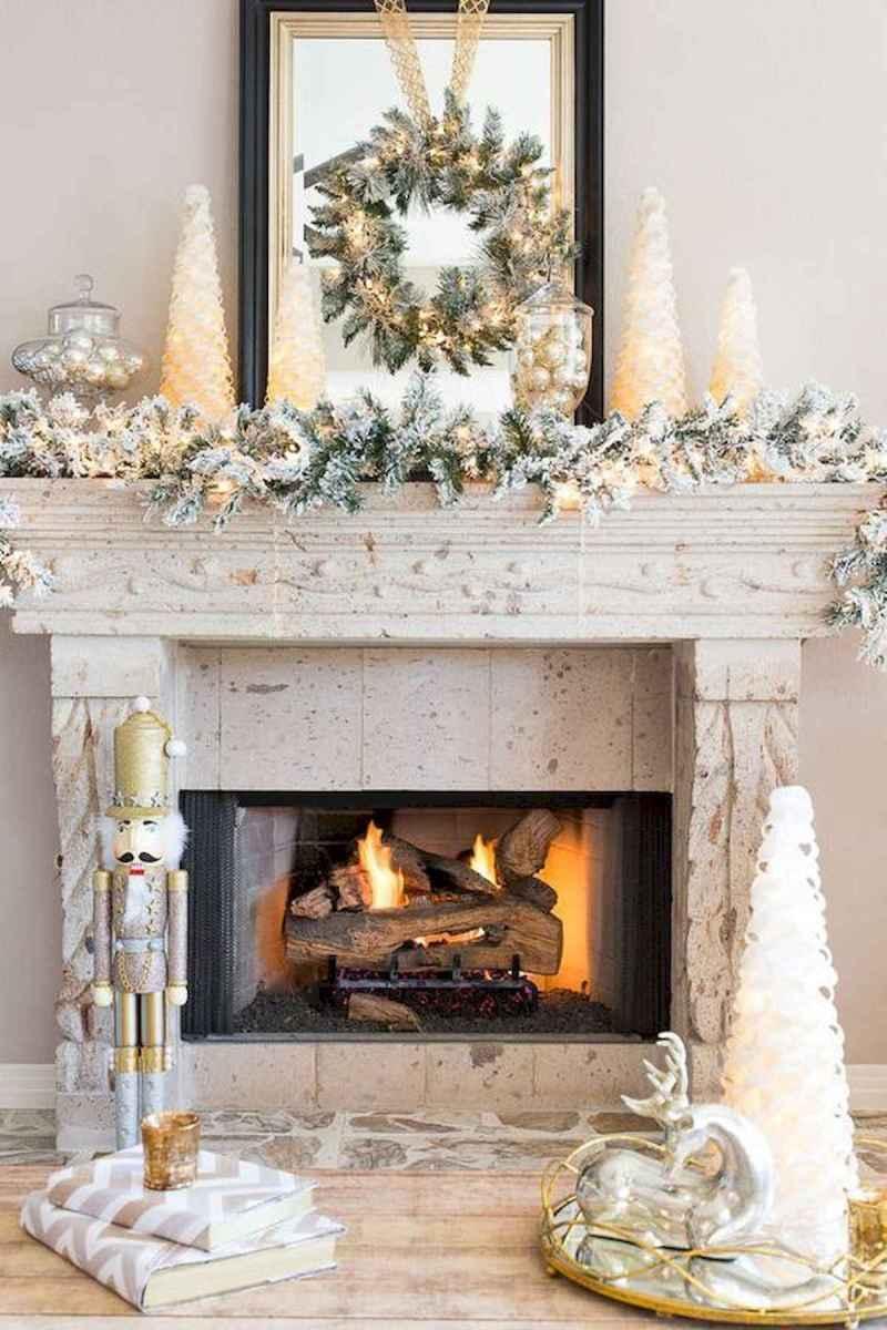 50 elegant christmas mantle decor ideas (18)
