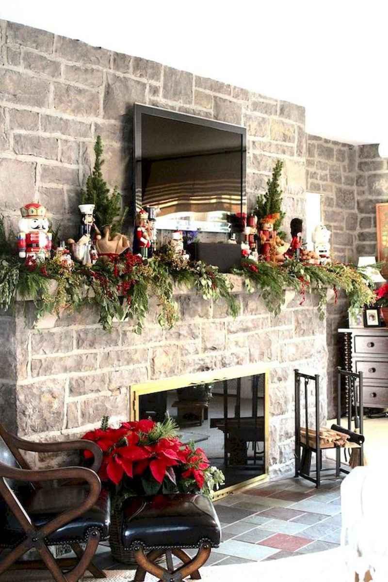 50 elegant christmas mantle decor ideas (29)