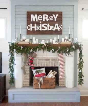 50 elegant christmas mantle decor ideas (36)