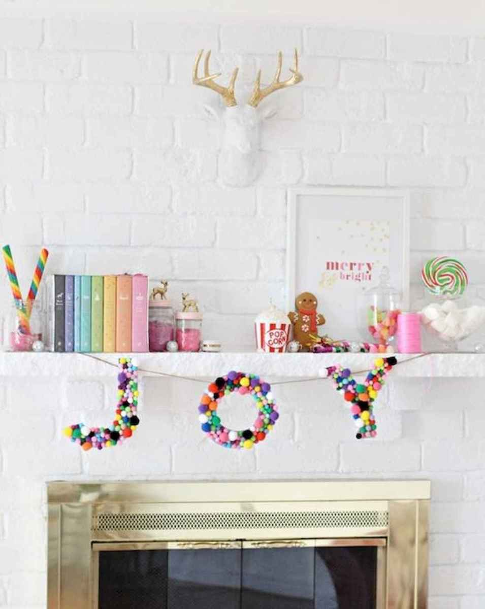 50 elegant christmas mantle decor ideas (48)