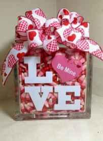 50 stunning valentines day decor ideas (22)