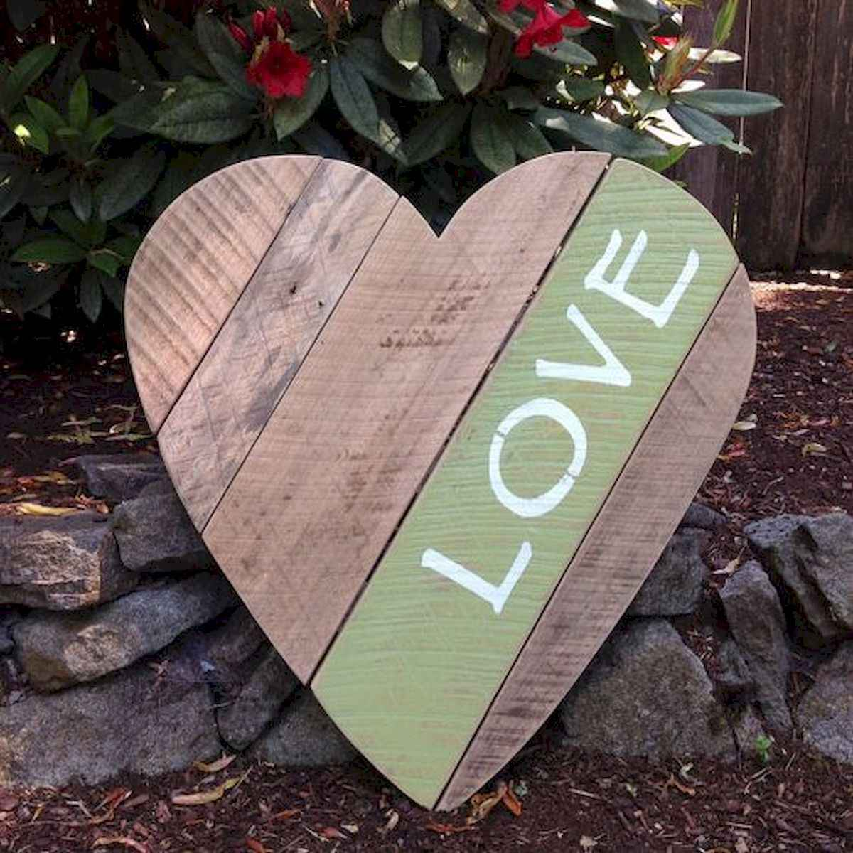 75 lovely valentines day crafts design ideas (50)