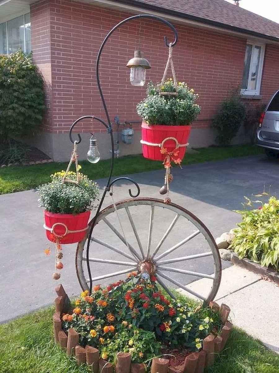 70 creative and genius garden art from junk design ideas for summer (12)