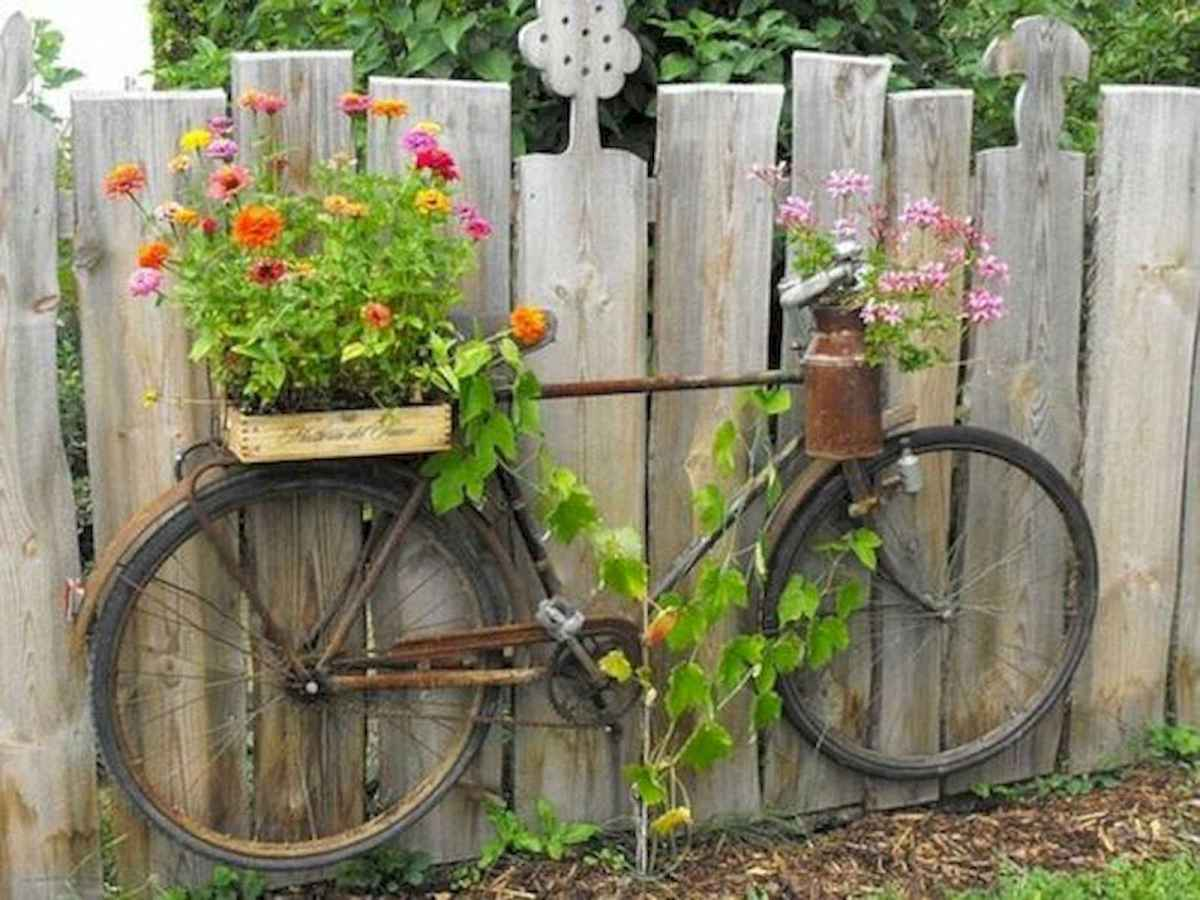 70 creative and genius garden art from junk design ideas for summer (20)