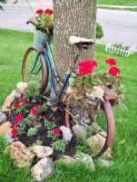 70 creative and genius garden art from junk design ideas for summer (48)