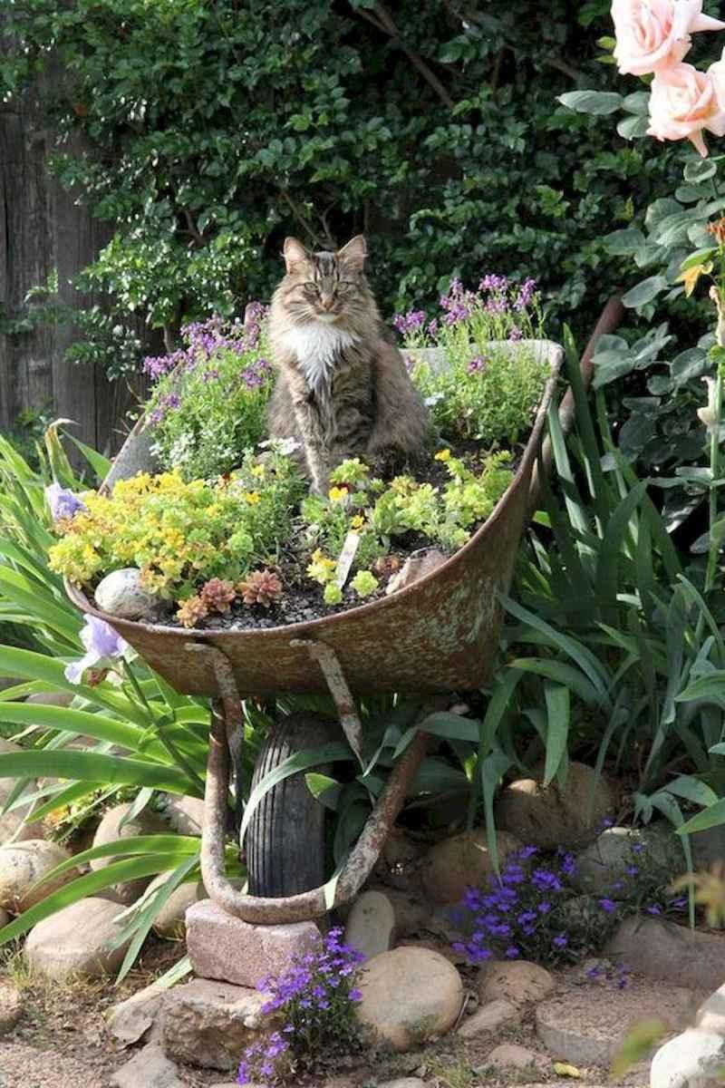 70 creative and genius garden art from junk design ideas for summer (6)