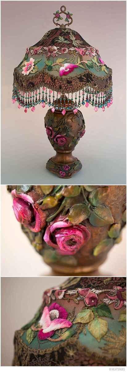 40 vintage victorian lamp shades ideas for decorating bedroom diy (10)
