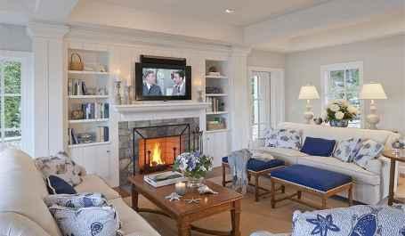 44 cozy coastal themed living room decor ideas that makes your home feels like beach (1)