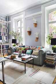 44 modern bohemian living room ideas for small apartment (2)