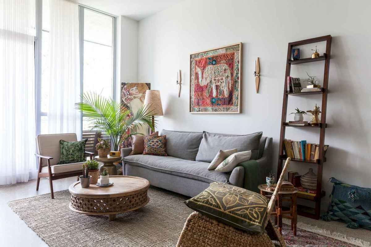 44 modern bohemian living room ideas for small apartment (27)
