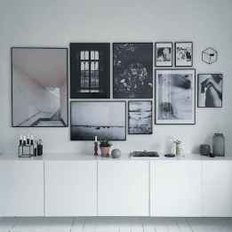 50 beautiful gallery wall ideas to show your photos (29)