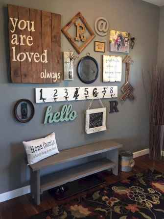 50 beautiful gallery wall ideas to show your photos (35)