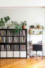 65+ clever storage ideas for small apartment spaces (18)