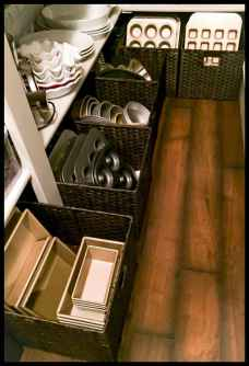 70+ effective small house hacks & tips to organizing (52)